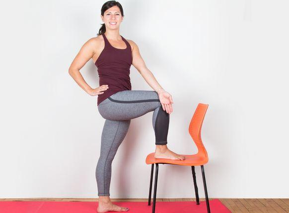 8-bai-tap-yoga-giup-chua-dau-kinh-toa-hieu-qua-8