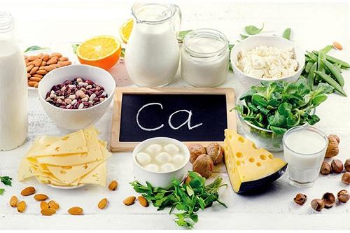 bổ sung thực phẩm nhiều canxi khi bị đau khớp háng