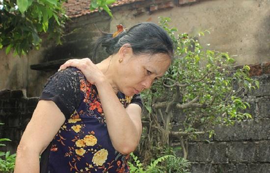 Kết quả hình ảnh cho đau bả vai lan xuống cánh tay